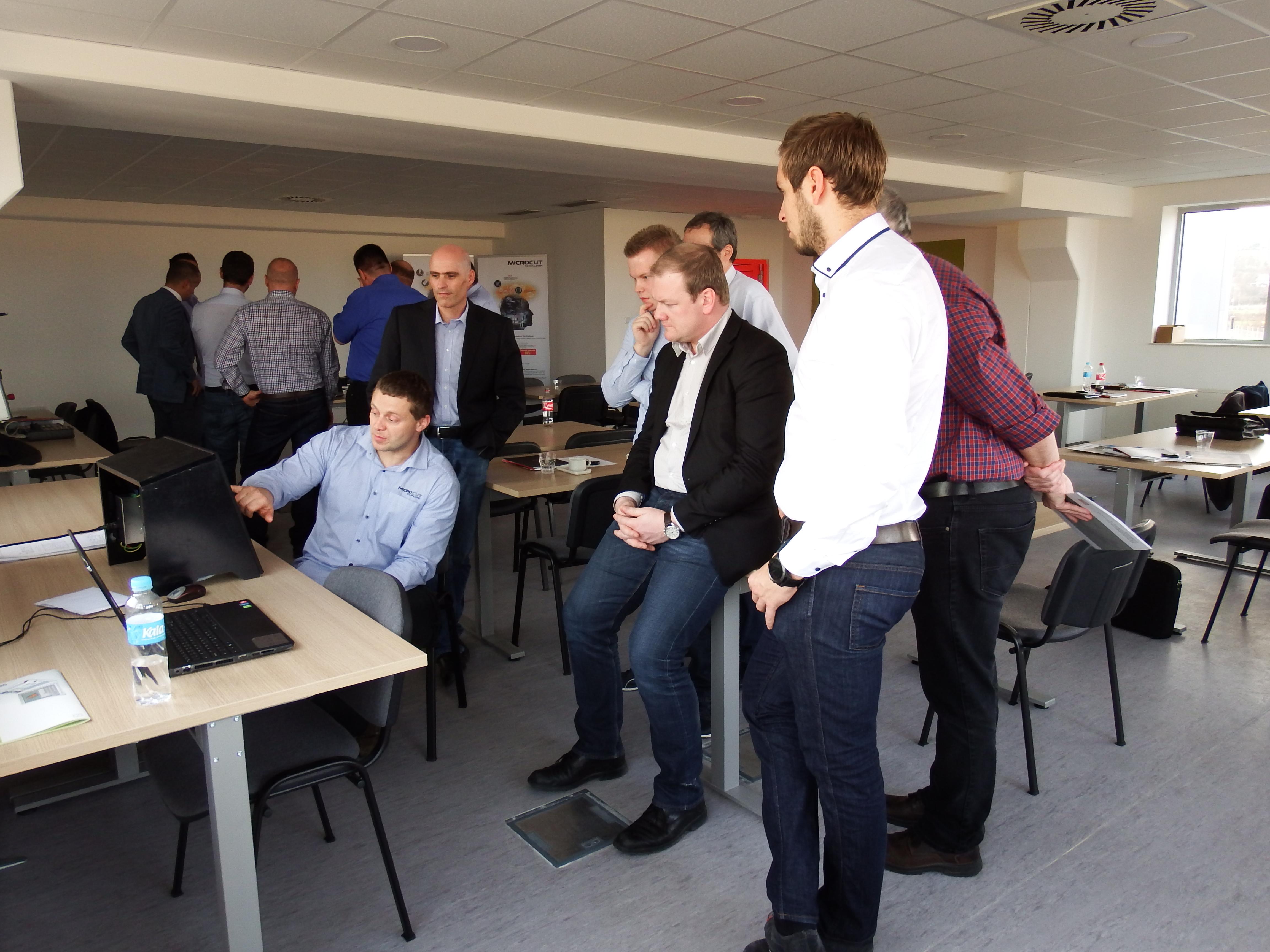 Demonstracija na simulatoru upravljačke jednice Fagor