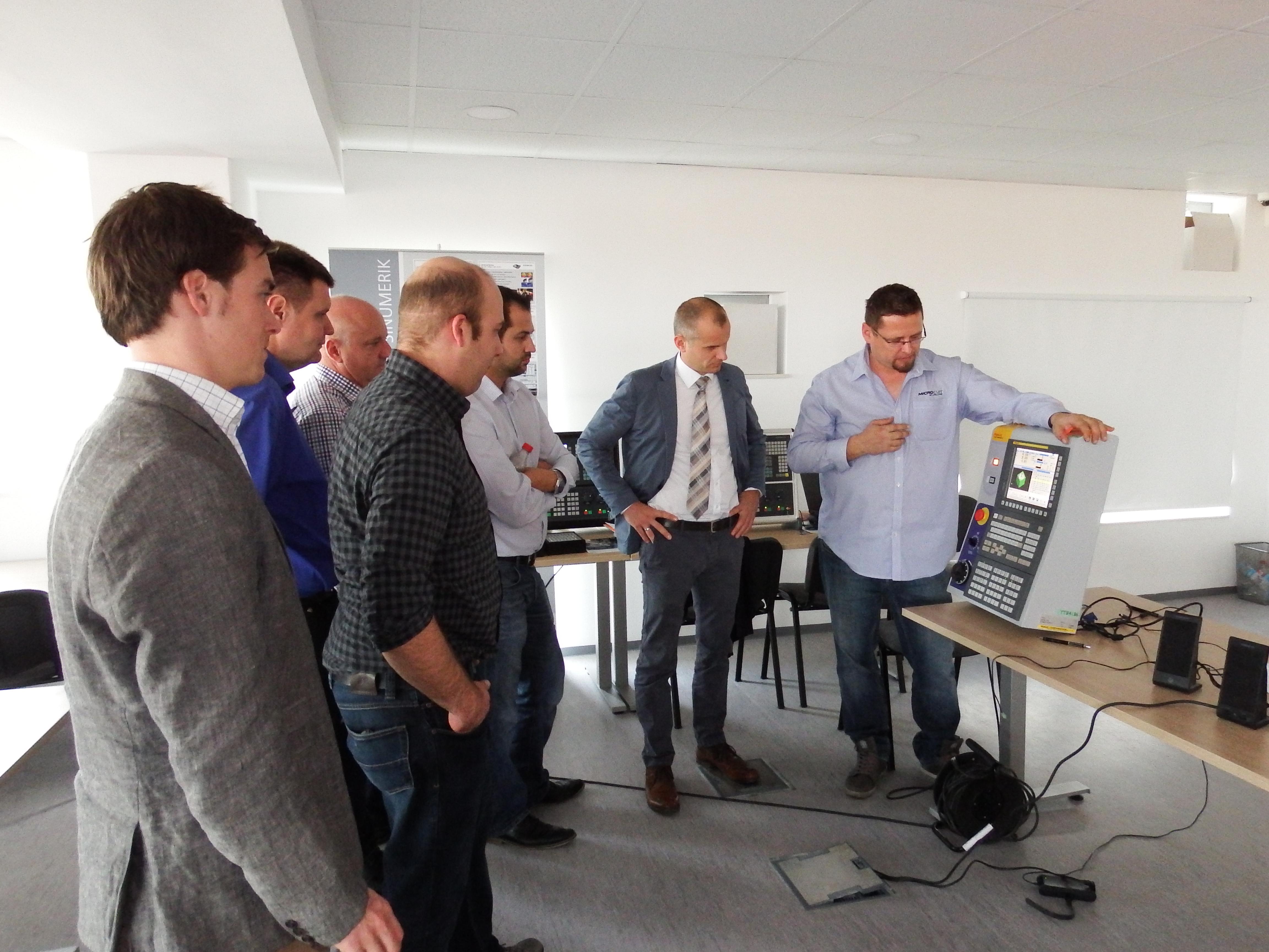 Demonstracija na simulatoru upravljačke jednice Fanuc